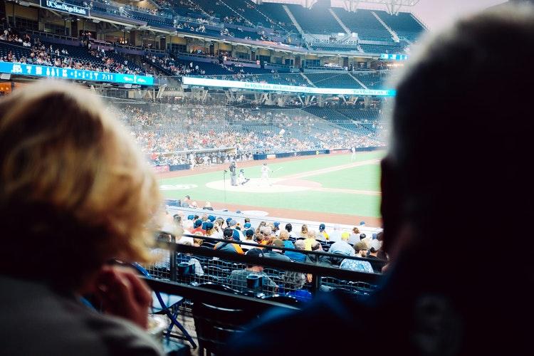 People at a baseball game